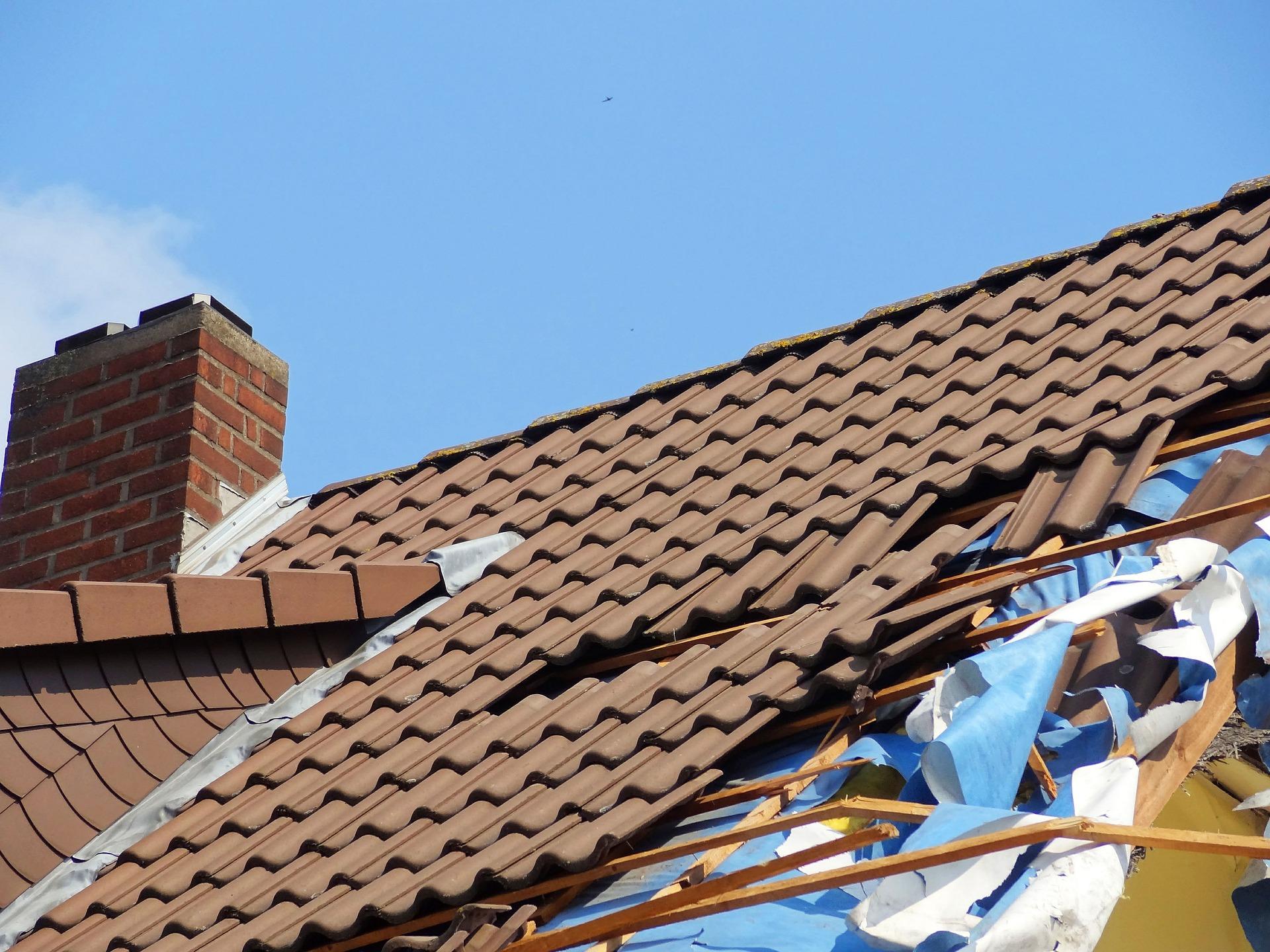 Haus Dach Schaden Sturm Foto Jan-Mallander